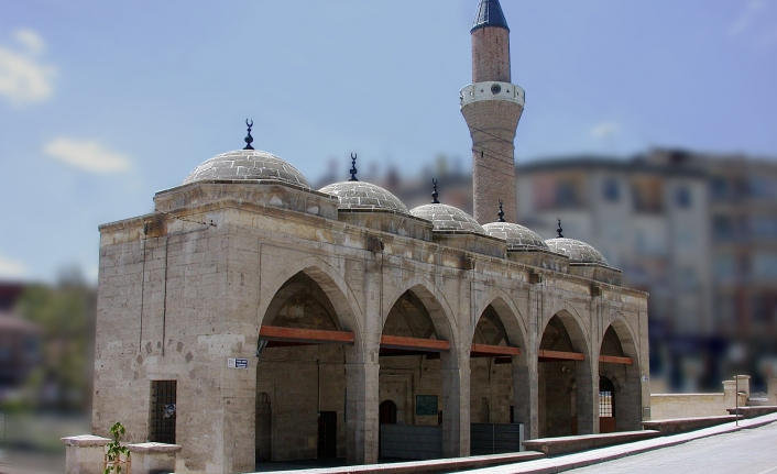 Karaman'da Cuma Namazı Kılınacak Camiler Açıklandı!