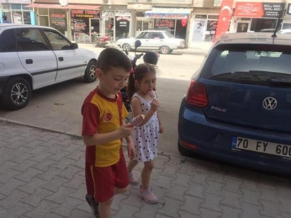 Karaman'da Sıcak Havaya Rağmen Sokaklar Çocuk Sesleriyle Şenlendi