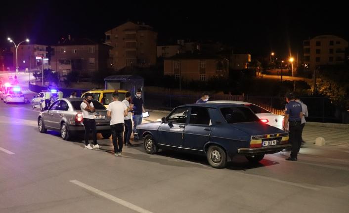 Karaman`da Gece Yarısı Polisten Şok Asayiş ve Trafik Uygulaması