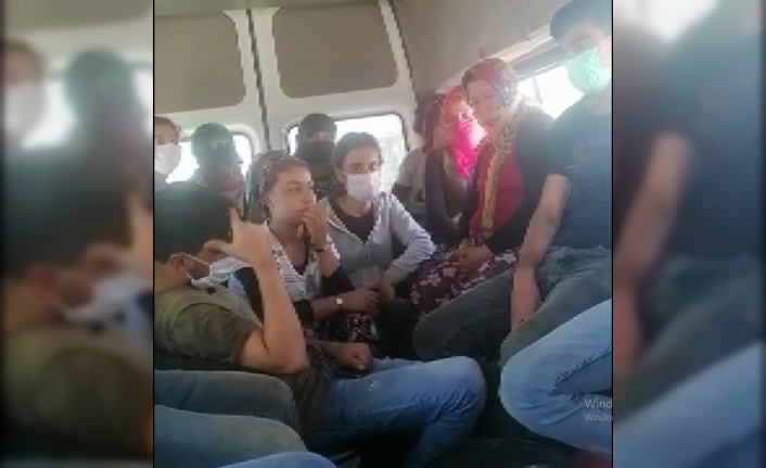 Ereğli'de Minibüse Binen 31 Kişi Jandarmaya Yakalandı
