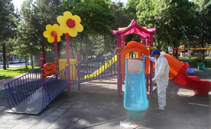 Karaman Belediyesi 57 Mahallede Dezenfektan Çalışması Yaptı