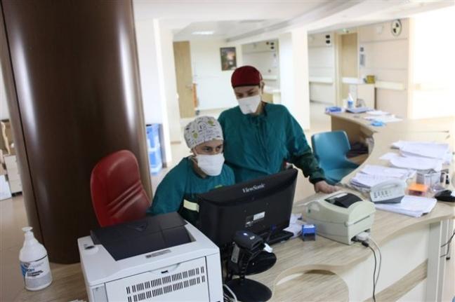 Karaman'da Günlük 700 Başvuru, 5391 Hasta Taburcu Edildi