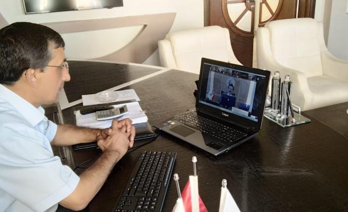 Başkan Çavaş Lisanslı Depoculuk Toplantısına Katıldı
