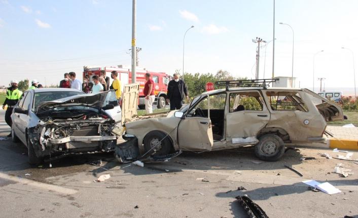 Karaman-Ereğli Karayolunda Trafik Kazası: 5 Yaralı