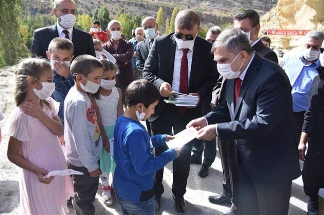 Karaman'a Gelen Valiler Arasında Bir İlki Yaptı