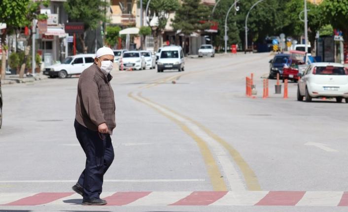 Karaman'da 65 Yaş Üstü Vatandaşlar İçin Yeni Koronavirüs Kararı