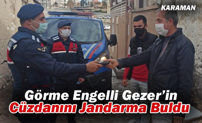 Karaman'da Jandarma Bulduğu Cüzdanı Sahibine Teslim Etti