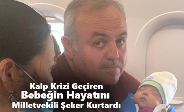 Uçakta Kalp Krizi Geçiren Bebek Yolcunun Hayatını Ak Parti Milletvekili Kurtardı