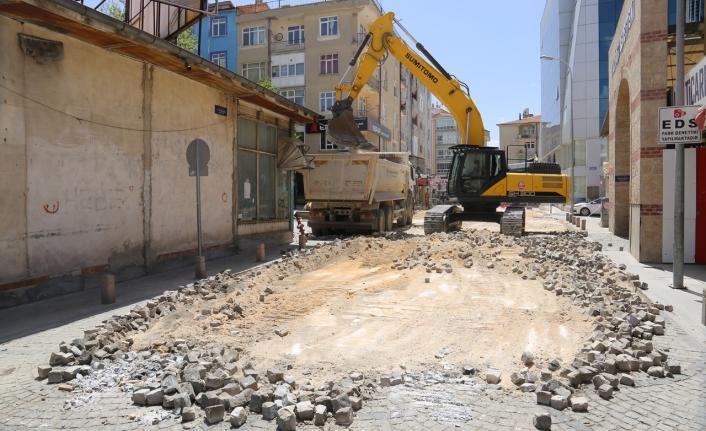 8 Sokakta Altyapı ve Üstyapı Çalışmaları Başladı