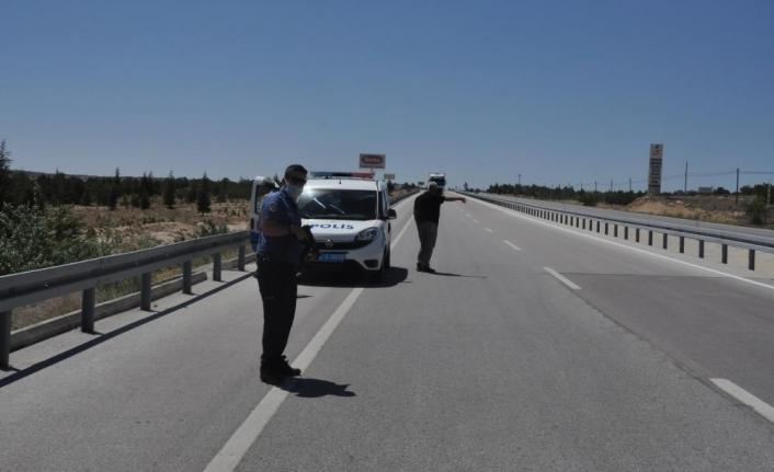 Göçmenler Kaçtı Polis ve Jandarma Kovaladı