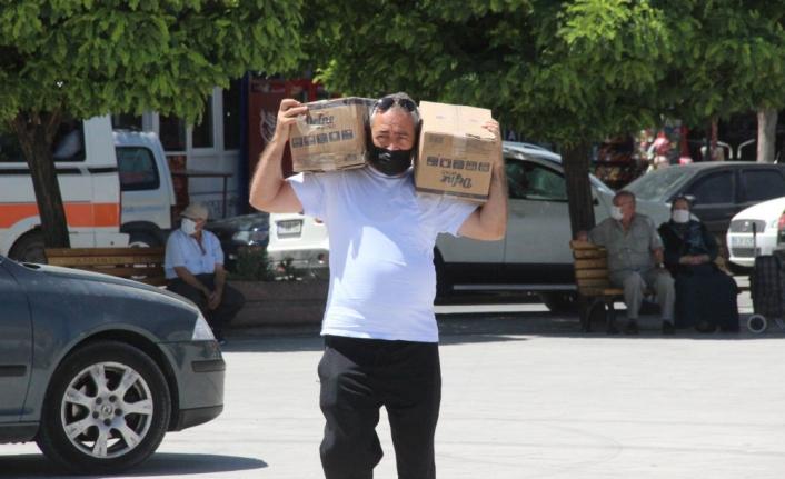 Karaman'da Vatandaşlar Manavgat İçin Seferber Oldu