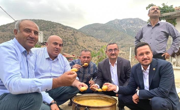 """Başkan Bayram: """"Köylerimizi  Ziyaretlere Devam Ediyoruz"""""""