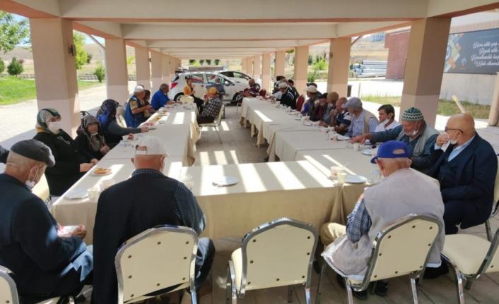 KMÜ, Huzurevi Sakinlerini Ağırladı