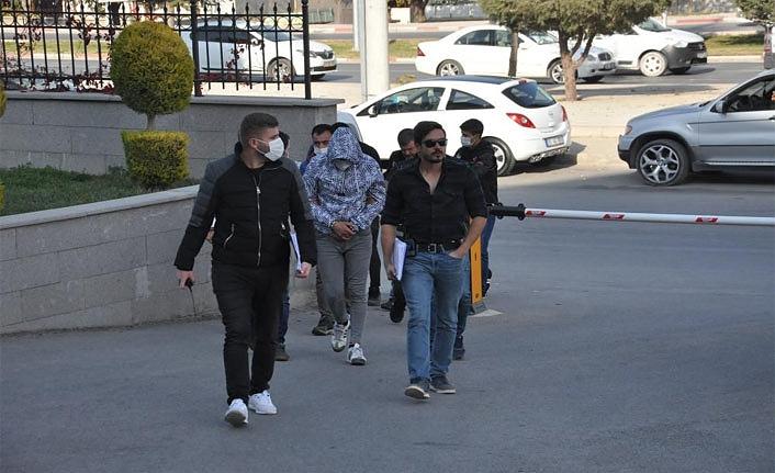 Karaman'da 4 Uyuşturucu Satıcısı Tutuklandı