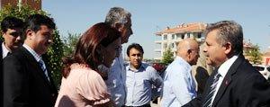 Vali Kahraman Ebru Sergisi Açilisini Gerçeklestirdi