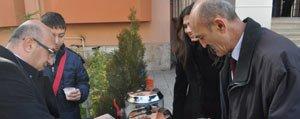 Er-Erdem Pastanesi'nden Sahlep ve Kandil Simidi...