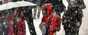 Sariveliler'deki Okullara Kar Tatili