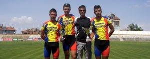 Bisiklette Bes Milli Sporcudan Ikisi Karaman Belediye...