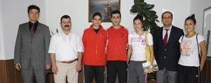 Olimpiyat Ikincisi Tatar'dan Belediyeye Ziyaret