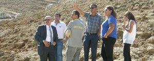 Sariveliler'de Çevlik Göletinin Etrafi Agaçlandiriliyor