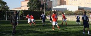 OSB Futbol Turnuvasi'nda Yari Final Maçlari Basliyor