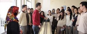 Deneme ve Bilim Merkezi Genç Beyinlere Isik Tutuyor