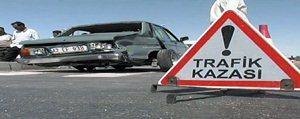 Belediye Otobüsü Ile Otomobil Çarpisti: 2 Yarali