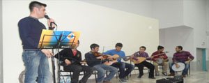 Gençlik Merkezi Müzik Grubu Üniversite Ögrencilerini...