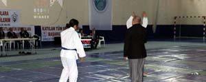 Isitme Engelliler Judo Sampiyonasi Basliyor