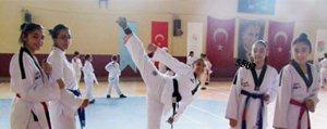 Taekwondo Takimi Antalya'ya Gitti