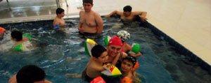 Rehabilitasyon Merkezi Çocuklarinin Havuz Keyfi
