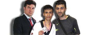Balkan Taekwondo Sampiyonasin`da Karaman Rüzgâri