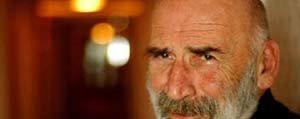 Misirlioglu: Tuncel Kurtiz Baba Tarafindan Karamanliydi