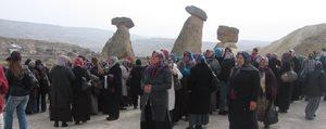 Yesildereli Hanimlardan Kapadokya Çikartmasi