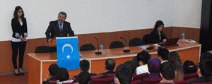 KMÜ'de 'Kanayan Yara Dogu Türkistan' Konferansi