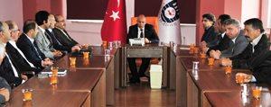 Ak Parti Karaman Ilçe Teskilatindan Çaliskan`a Ziyaret