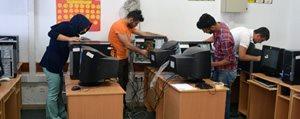 KMÜ'den Köy Okullarina Teknik Destek