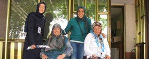 Gençlik Merkezi`nden Anneler Günü Ziyareti