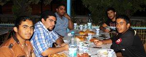 Müftülük'ten Mültecilere Iftar