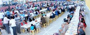 Piri Reis De Iftar Sofrasina Büyük Ilgi