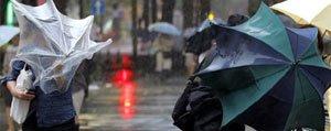 Meteoroloji Uyardi. Kuvvetli Yagis Bekleniyor