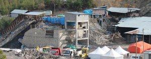 Madendeki 8 Isçiyi Kurtarma Çalismalari Sürüyor...