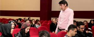 Polis Yazar KMÜ'de Romanlarini Anlatti