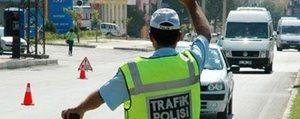 Standart Plaka Kullanmayan Araç Sürücülerine Ceza...