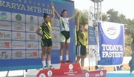 Karaman Bisiklet Takımı Sakarya'dan Madalyalarla...