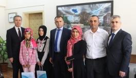 Genç Ressamlardan Sultanoğlu'na Ziyaret
