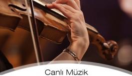 Grand Karaman Otel'in Bahçesinde Canlı Müzik...