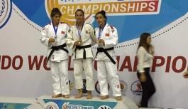 Karamanlı Judoculardan İki Dünya Üçüncülüğü,...