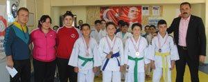 Karaman'da Judo Il Birinciligi Müsabakalari Yapildi