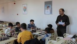 Satrançta Hamleler Okullar İçin Yapıldı